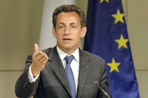 Frankrikes president Nicolas Sarkozy gjør seg klar for innspurten i valget.