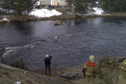 En mann er funnet omkommet i Håelva i Røros.