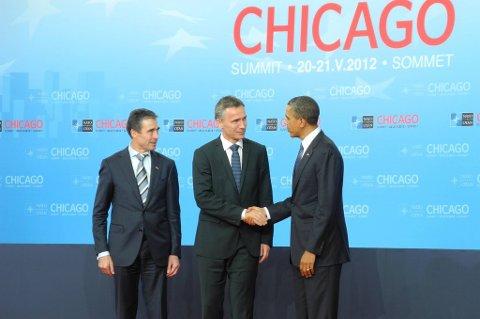 Statsminister Jens Stoltenberg sammen med NATOs generalsekretær Anders Fogh Rasmussen og USAs president Barack Obama.