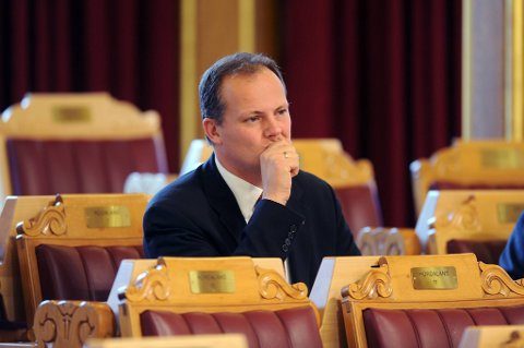 Frps Ketil Solvik-Olsen funderer på om han skal gi seg på Stortinget.