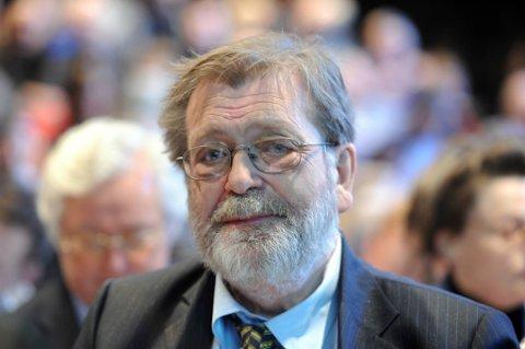 Valgforsker Frank Aarebrot vitner i terrorsaken i dag.