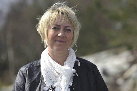 Ordfører i Lindås kommune, Astrid Aarhus Byrknes, sier hele kommunen er preget av ulykken lørdag formiddag.