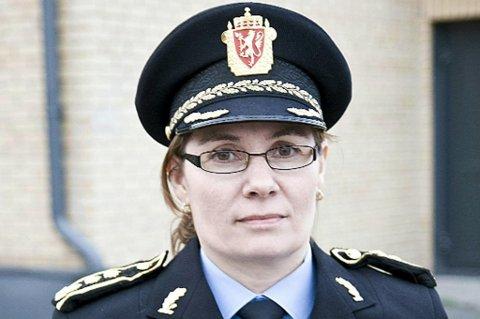 UTFORDRING: Politimester Ellen Kathrine Hætta sier de store avstandene i østfylket er en utfordring.
