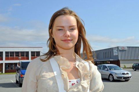 Aino Ballo er elevrådsleder ved Lakselv videregående skole.