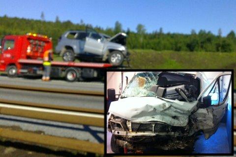 FRONT MOT FRONT: En person er omkommet etter at to biler frontkolliderte i nordgående retning på E6 ved Boksrud. Den omkomne kvinnen kjørte den hvitevarebilen som kom kjørende i feil retning. Foto: Svein Sætre / Lisbeth Andresen