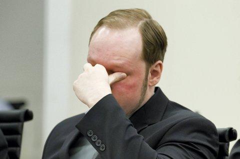 Det kan ende med at Anders Behring Breivik må vurderes med jevne mellomrom.