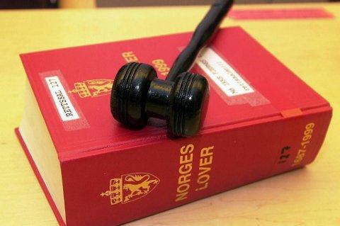 Man kan bli dømt for seksuell omgang selv om motivasjonen for handlingen ikke er seksuell, slår Høyesterett fast i en ny dom.
