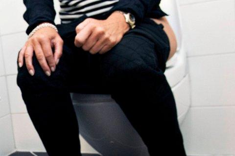 De som har vært matforgiftet vet at det er toalettet som teller.
