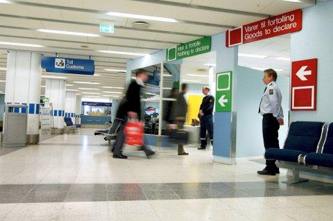 Kriminelle utlendinger som utvises fra Norge kommer stadig tilbake og blir tatt for nye lovbrudd. (Illustrasjonsfoto)