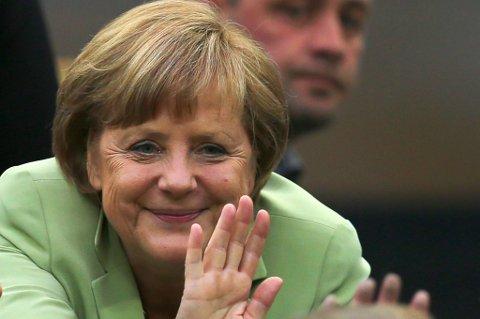 Møtet mellom Merkel og Hollande var preget av at det pågår en alvorlig økonomisk krise i Europa, men lederne ser positivt på en ny utviklingsfase.