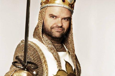 Atle Antonsen er i musikalmodus gleder seg til kongerollen.