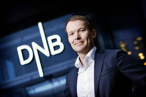 Informasjonsdirektør Thomas Midteide kunne konstatere at DNB steg med hele 1,37 prosent i morgentimene ferdag.
