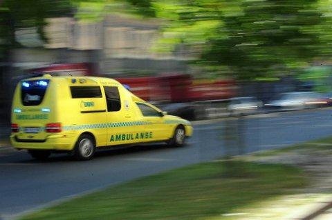 Mannen ble fraktet til St. Olavs hospital med ambulanse etter ulykken.