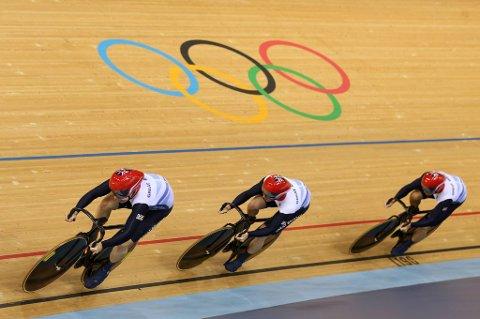 Storbritannia vant lagsprinten for menn.