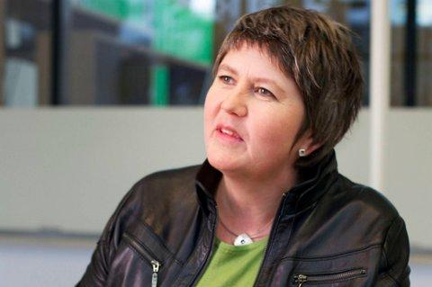 Utdanningsforbundets leder Mimi Bjerkestrand slår fast at tiden er i ferd med å renne ut for det rødgrønne løftet om en egen norm for lærertetthet.