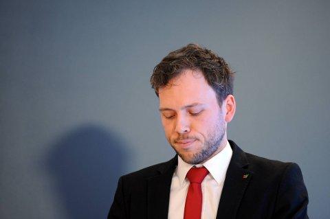 Dermed fortsetter nedturen for leder Audun Lysbakken og hans partifeller.