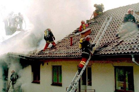 Uansett hvor i huset hybelen ligger skal den ha minst to rømingsveier, røykvarslere og slokkeutstyr.