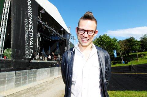 Jarle Bernhoft er første artist ut på Parken 2012.