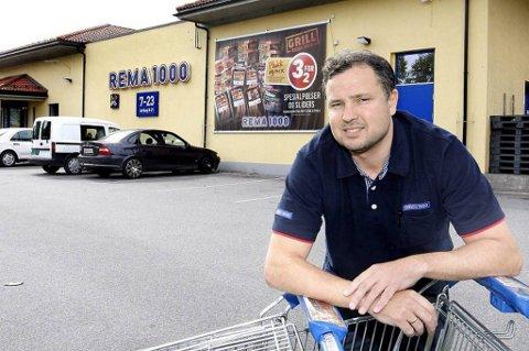 Lars Norrman satset på en karriere i Rema 1000. Han har stålkontroll på driften og tjener gode penger.
