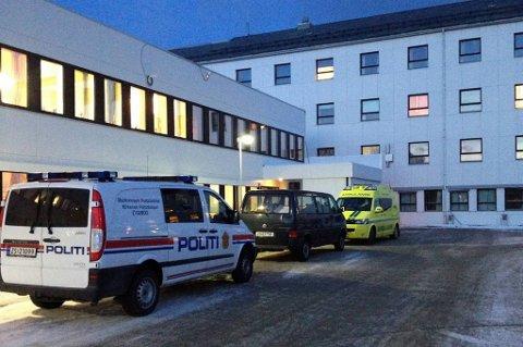 Inntrengeren ble kjørt til akuttmottaket ved Kirkenes sykehus.
