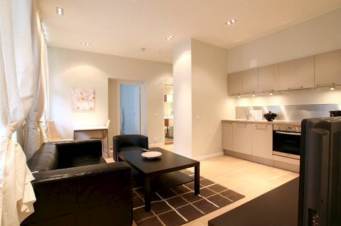 Denne leilighetene skal ifølge utleier ligge i Fløygaten 9. Den er 55 kvadratmeter stor, og leien skulle være 6500 kroner i måneden.