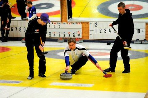 SUKSESS I VM:  Wilhelm Naess (fra venstre), Martin Sesaker og Eirik Mjøen. Foto: Mariell Tverrå Løkås