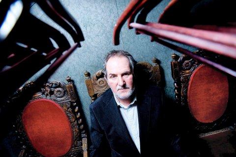 Jon Michelet har stor suksess med sin sjøroman fra krigen.