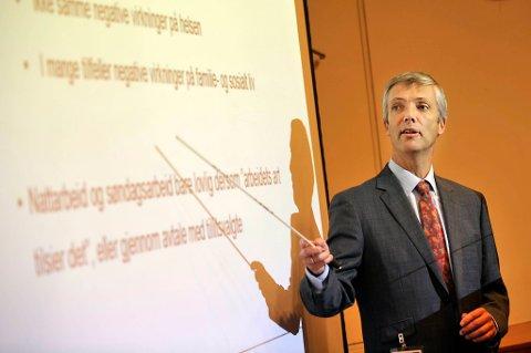 Borgerlig boligpolitikk vil føre til økt etterspørsel etter bolig, og det vil nok være med på å dra opp prisnivået på boliger , mener økonomiprofessor Steinar Holden ved Universitetet i Oslo.