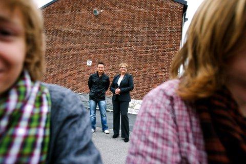 BEDRE SKOLE: Hvis Høyre får regjeringsmakt, er den viktigste oppgaven   å styrke den norske skolen, sier Sonja Sjøli og André Oktay Dahl.  FOTO: ROAR GRØNSTAD