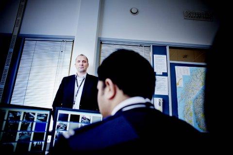 - Når det gjelder vold, vinning og narkotika, er det nulltoleranse. For hurtig å få fjernet vektere som blir dømt for slike forhold, er vi ofte helt avhengige av tips fra politiet, opplyser Rolf Gunnar Reisænen, direktør for vaktvirksomheten i sikkerhetsselskapet G4S.