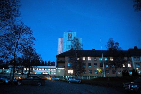 Stanset refusjoner: Sykehusdirektør Morten Lang-Ree har stanset refusjoner av traumepasienter ved Lillehammer sykehus (bildet) og bedt om full granskning av de to siste års refusjoner.Foto: Henning Gulbrandsen