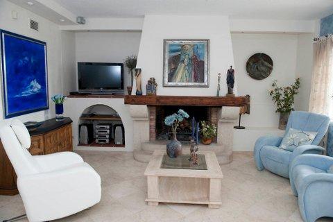 TV-krok: Møblene kjøper Linda i Spania, mens mye av tilbehøret kommer fra Norge.