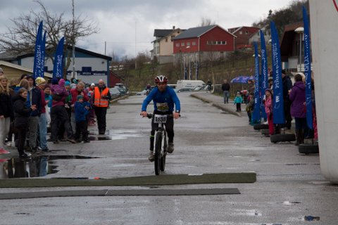 ENDELEG: Etter ti forsøk vart Jonny Øvrebø vinnar av herreklassen.