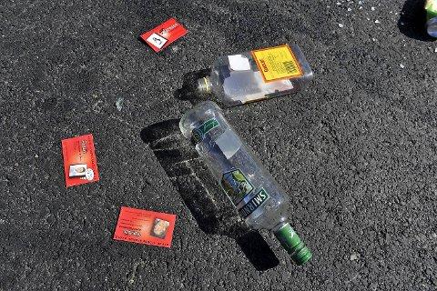 Det fløt med spritflasker og russekort på Fanafjellet.