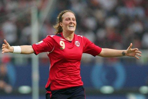 Isabell Herlovsen startet målfesten, og scoret totalt fem mot Bulgaria.