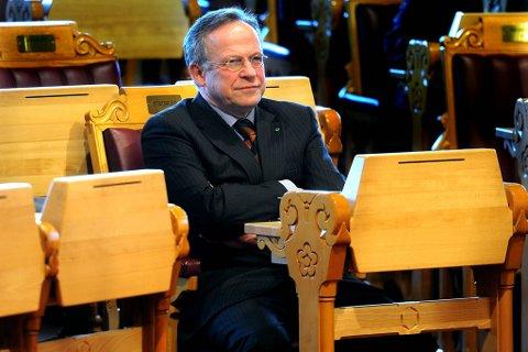 Lars Peder Brekk går tilbake til vervet som parlamentarisk leder for Sp.