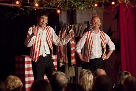 Simon Andersen og Stig Werner Moe hadde lørdag premiere på sitt nye sommershow på Piraten