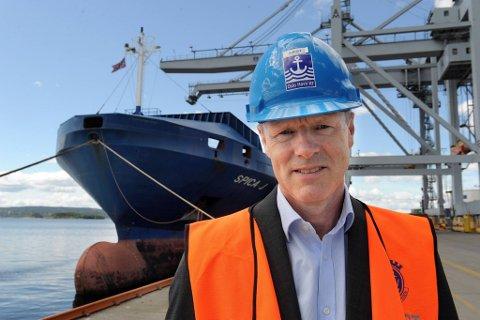 Rederiforbundets Sturla Henriksen mener det blir gjort for lite for å få mer gods fra land til sjø.