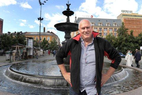 LO-leder Roar Flåthen skal i oppvaskmøte med statsminister og partileder Jens Stoltenberg i august.