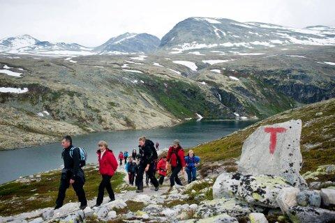 I helgen åpner DNT dørene til sine fjellhytter! Her fra åpningen av Rondvassbu i Rondane lørdag.