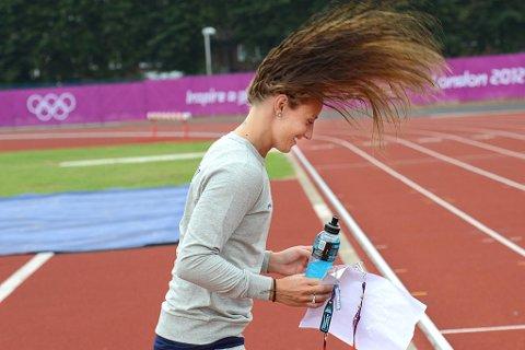 Håret reiste seg da Camilla Herrem fikk oppfylt en OL-drøm da de møtte Kobe Bryant i utøverlandsbyen og fikk både klem og bilde.