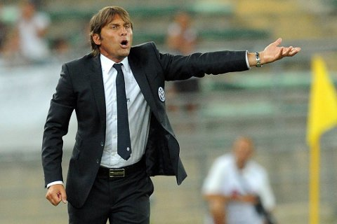 Italias fotballforbund (FIGC) krevde torsdag at Juventus-trener Antonio Conte blir utestengt i 15 måneder for å ha vært involvert i kampfiksing.