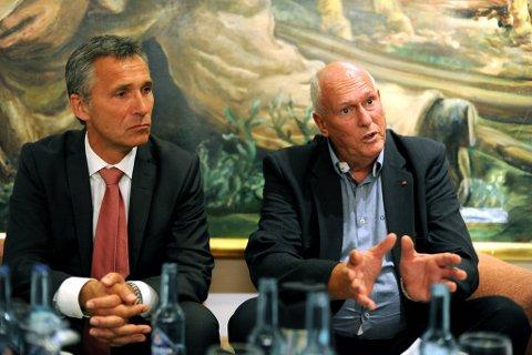 Mandag samlet statsminister Jens Stoltenberg (Ap) og LO-leder Roar Flåthen alle sekretærene i både LO og Ap til oppstart av den lange valgkampen fram mot neste høst.