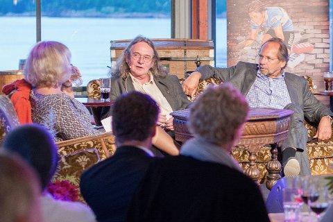 Ingvar Ambjørnsen i midten, sammen med Ole Paus og NRKs Mette Stensholt Schau