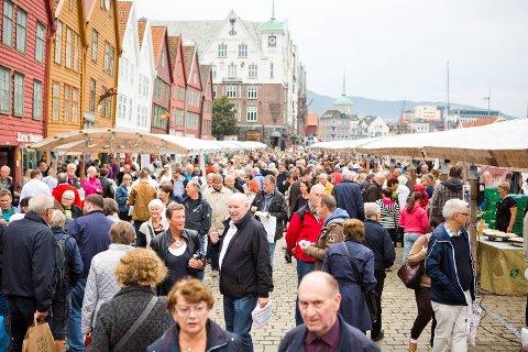 Bergensavisen   – i fjor solgte hver bod for omlag 65 000 kroner i ...