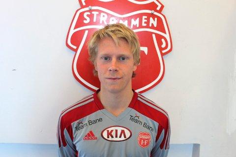 STRØMMEN OG SCHULZE ER SANT: Eirik Schulze skrev under en ny ettårskontrakt med Strømmen. Foto: Per Morten Sødal