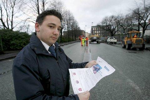 David Strano (28) har vært til intervju, og venter i spenning på om han får jobben som en av vognførerne av Bybanen.