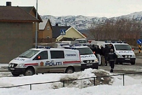 Fra politiaksjonen i Vadsø. (MMS-bilde)