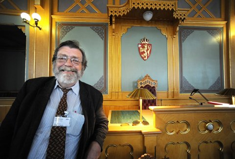 Professor Frank Aarebrot.