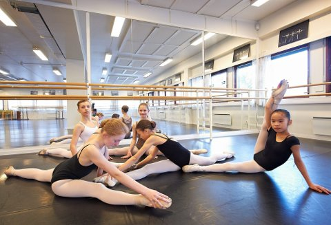 BALLETT: Tusenvis av unge nordmenn danser, innenfor en rekke ulike sjangre. Foto: Dmitry K. Valberg